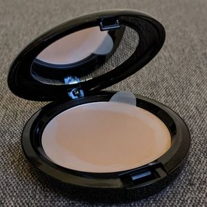 🆕 Mac Prep + Prime Beauty Balm Compact Light Plus